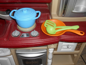 green toys pots and pans