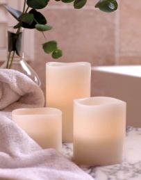 3 Vanilla Pillars Bath High Res