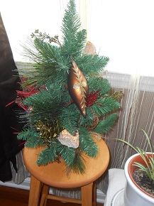 holiday tree table centerpiece