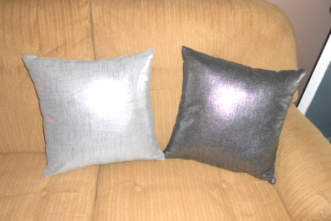 Linen Metallic Pillows from Pillow Decor