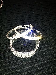 bracelet earrings http://twoclassychics.com/2014/03/daily-steals-deal-a-day/