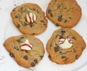 raspberry hugs cookies