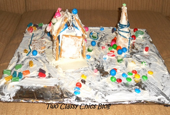 kids edible gingerbread house snow scene
