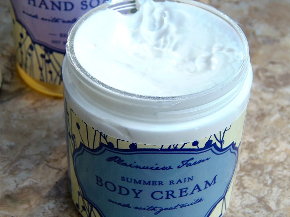 Spoil Your Skin with Kentucky Soaps and Such body cream