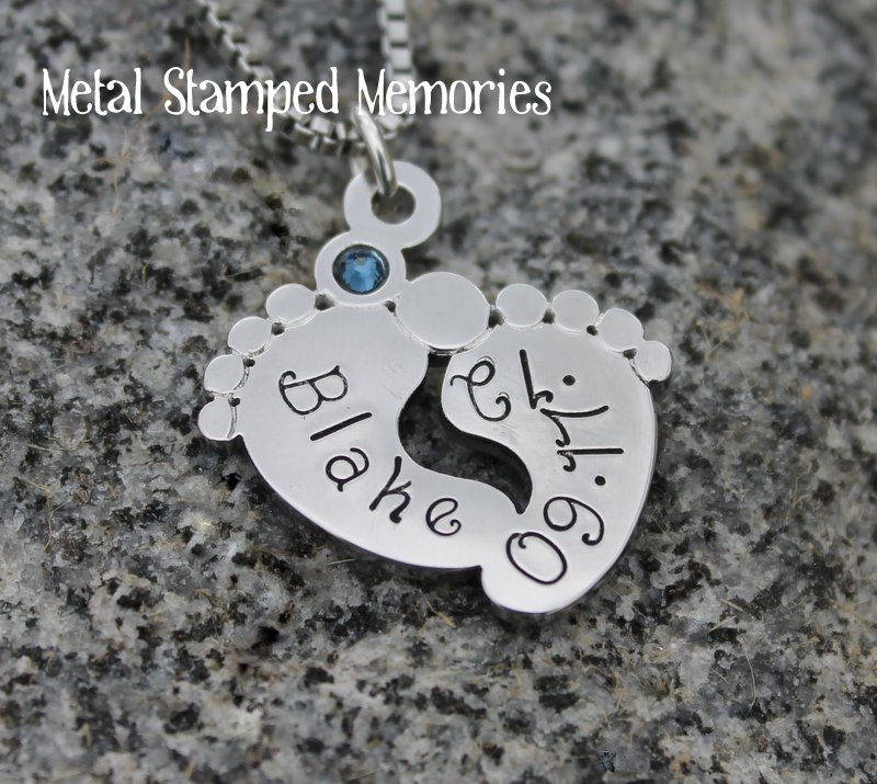 footprints new mom necklace and pendant