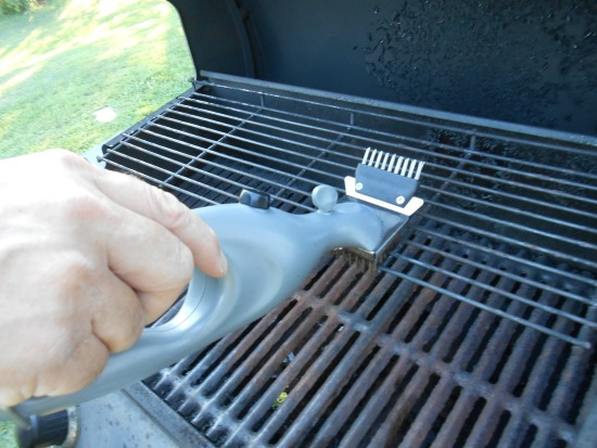 Getting the Barbecue Clean with Grill Daddy