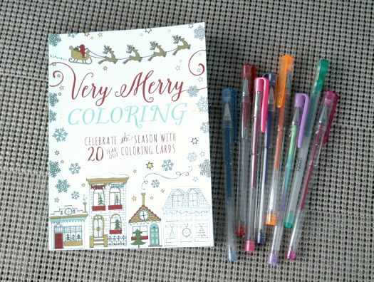 Very Merry Coloring - Celebrate the Season with 20 Tear-Out Coloring Cards