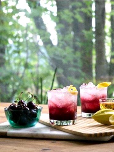 Sparkling Cherry Bourbon Cocktail Recipe