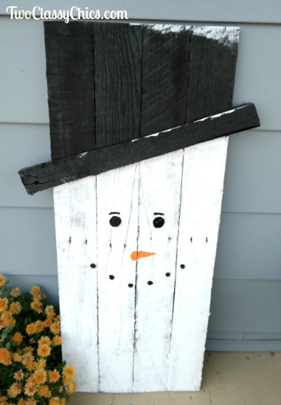 Craft Project: Reversible 2-in-1 Scarecrow and Snowman Wood Yard Art