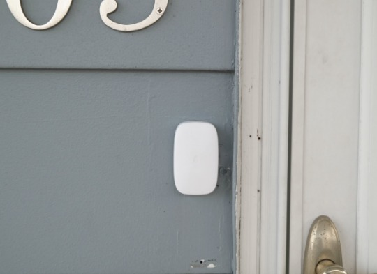 Housmile Plug-in Waterproof Wireless Doorbell