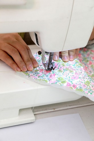 Why a Homemaker Should Learn Sewing?