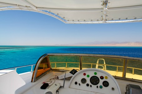 6 Best Places in the World to Rent a Yacht