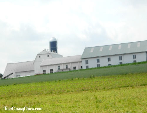 Amish Farms and Barns in Lancaster County