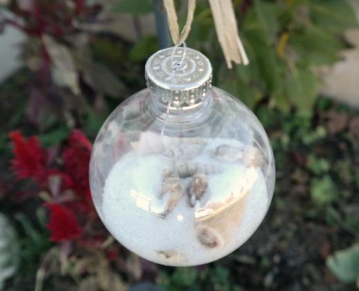 Craft Project: Seashell Beach Theme'd Christmas Keepsake Ornaments