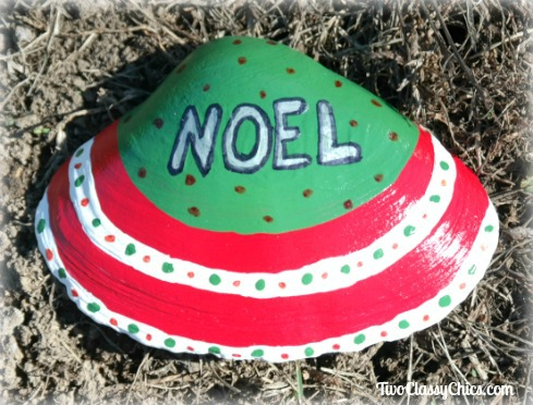 NOEL Painted Large Clam Shell Design