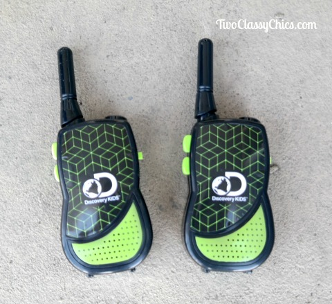 Explore at Night with the Discovery Kids Night Walkie Talkies