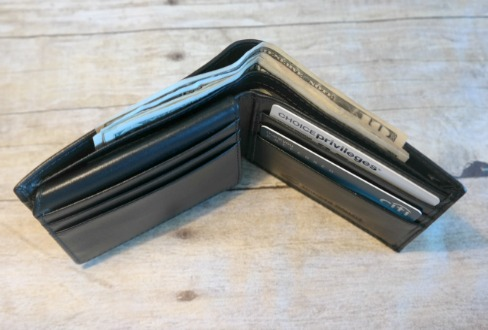 Men's Leather RFID Blocking BiFold Wallet